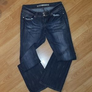 Flared bottom jeans